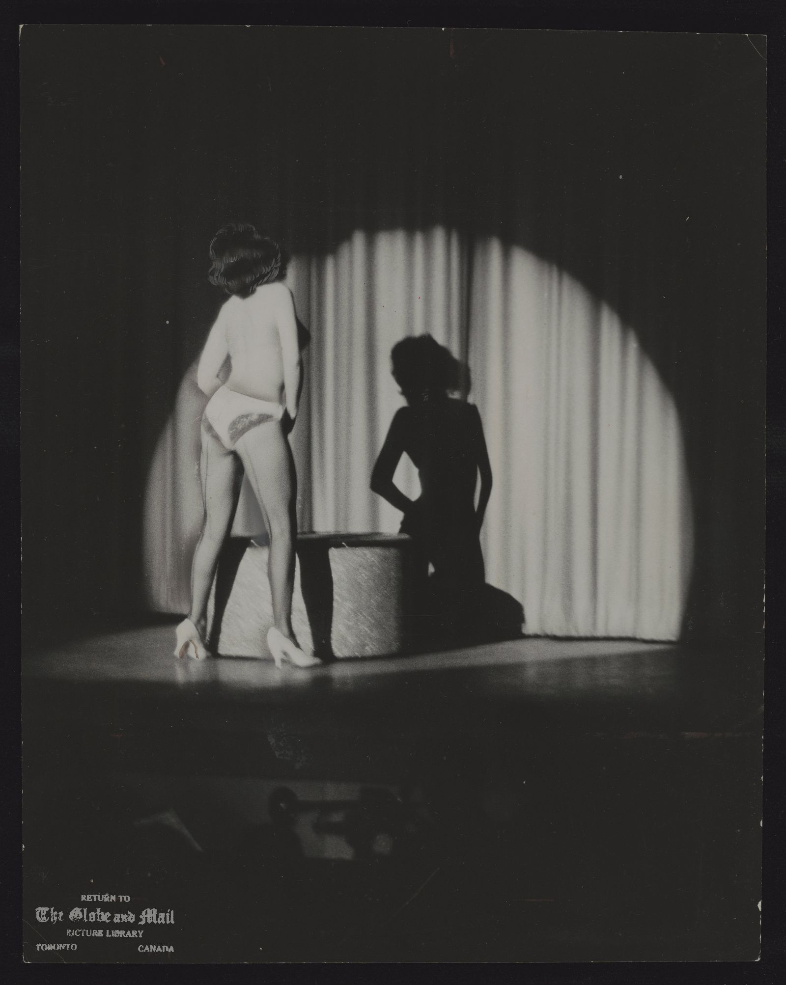 BURLESQUE Sunday in Toronto---Sunny skies and temperatures in the 70s slowed down the crowds for the limited opening of Sunday movies in Toronto yesterday, except for one theatre combining burlesque with a movie. There, business began to build up later.