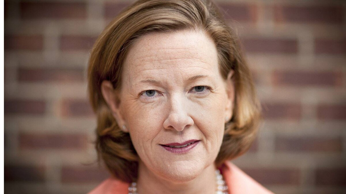 Alison Redford, the former justice minister, has moved into second place, behind leading Garry Mar according to the results of a poll of Progressive Conservative party members. Albertans go to the polls to vote in a new Premier on September 17, 2011.