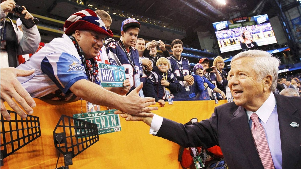 New England Patriots owner Robert Kraft greets fans before his team plays the New York Giants in the NFL Super Bowl XLVI football game in Indianapolis, Indiana, February 5, 2012. REUTERS/Mike Segar