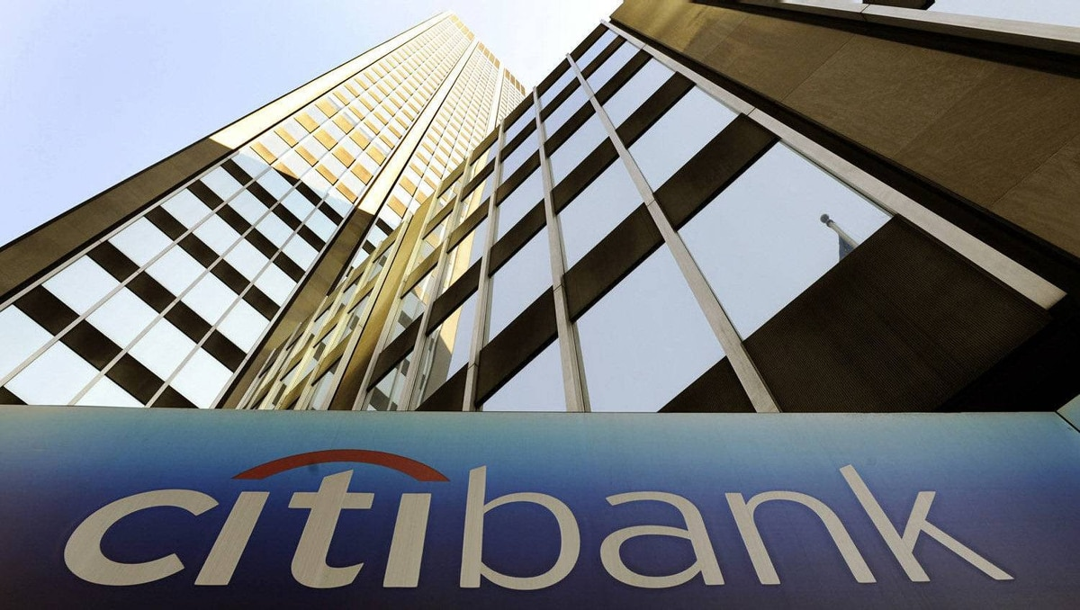 The $285-million deal would have imposed penalties on Citigroup even as it allowed the company to deny allegations that it misled investors on a complex mortgage investment.
