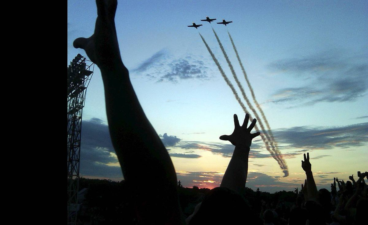 Hilary Stedwill sent us this photo taken on a BlackBerry of the Snowbirds Demonstration Team buzzing the crowd at a Bon Jovi concert in Regina.