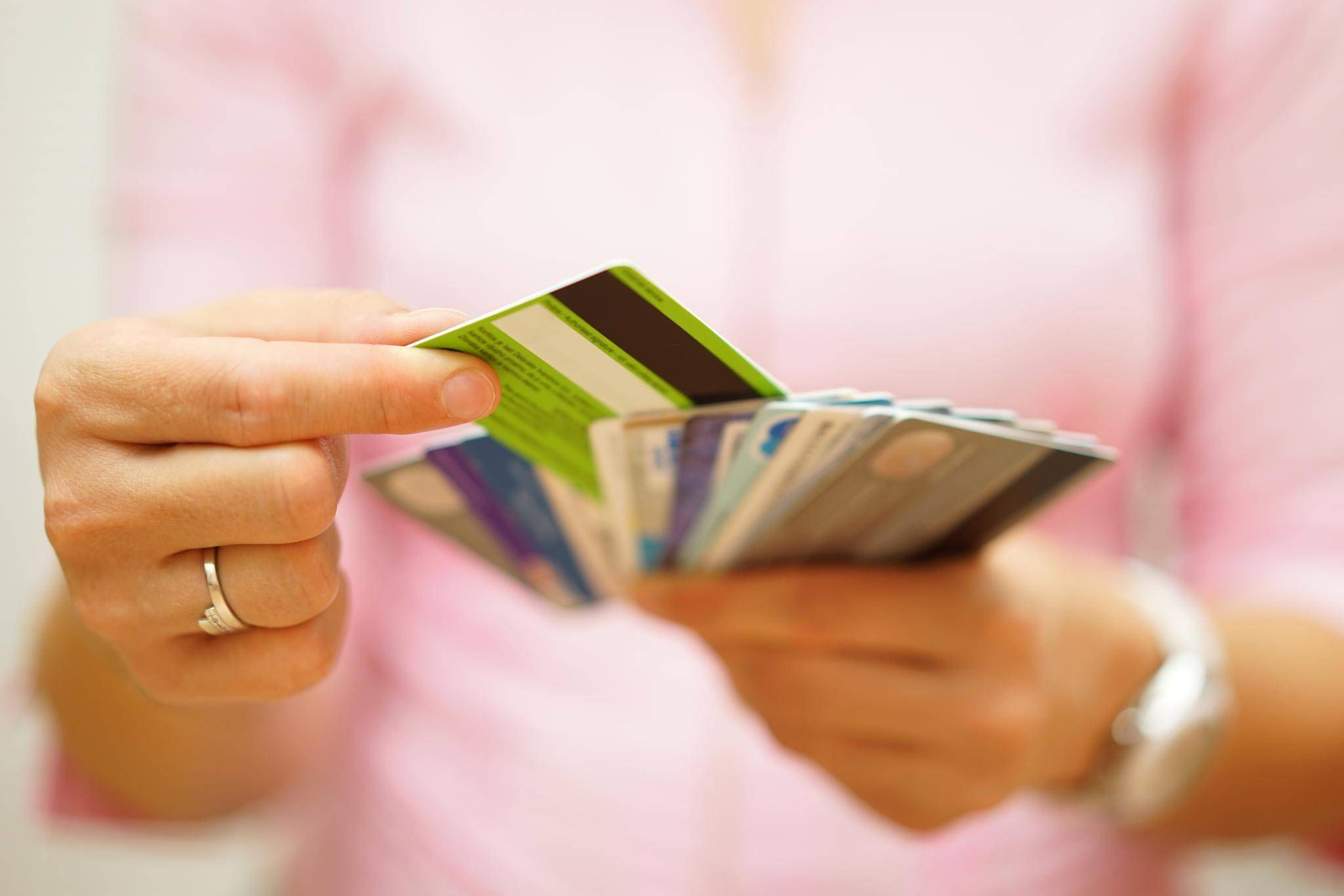 'There's no point in credit card points'