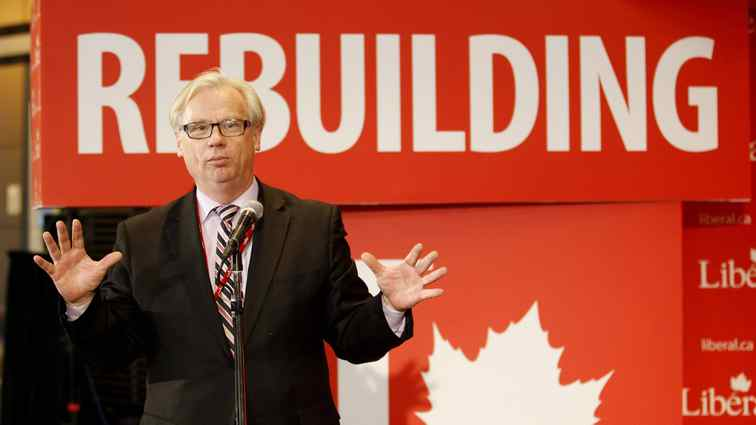 Alfred Apps, seen at the Liberal Convention in Ottawa on Jan. 13, 2012, is resigning from Fasken Martineau after 23 years at the law firm.