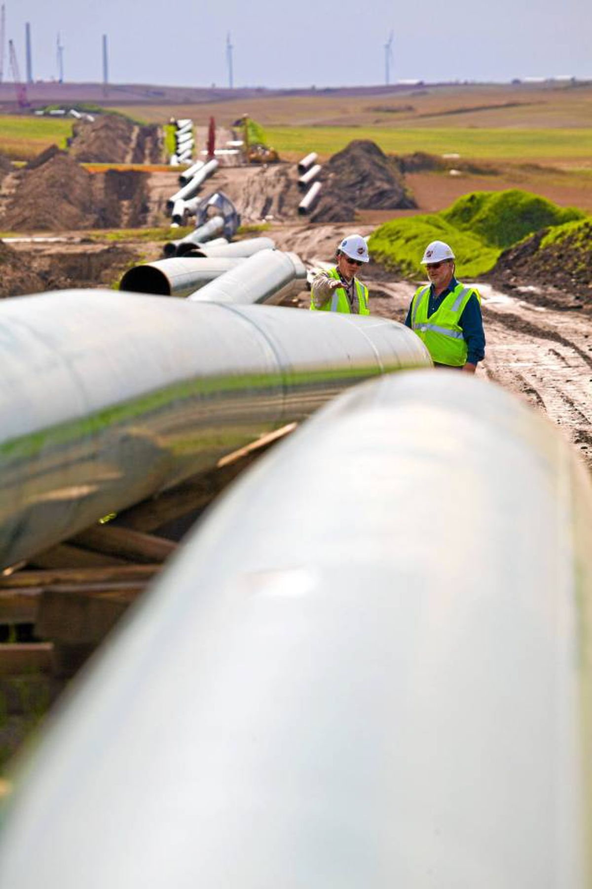 TransCanada has faced questions over whether it should continue with Keystone XL, a massive pipeline that would carry 510,000 barrels of crude a day to Texas.