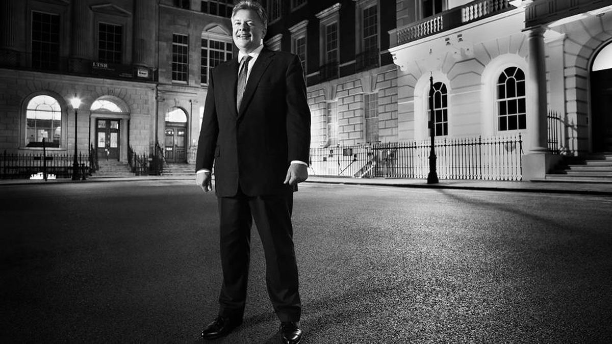 Based in the British Virgin Islands, Martin Kenney spends much of his time pursuing cases in financial power centres like London