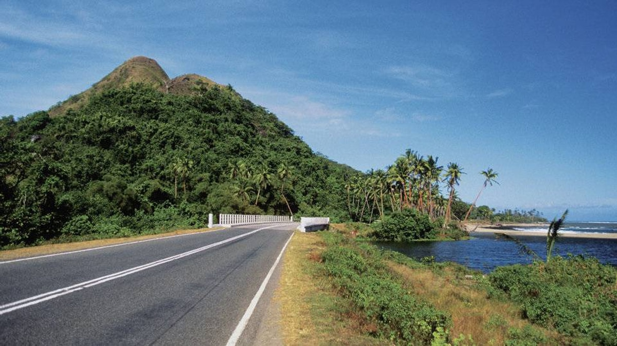 Queens Road takes you to Natadola Beach, one of the most picturesque white sandy beaches on Viti Levu in Fiji.