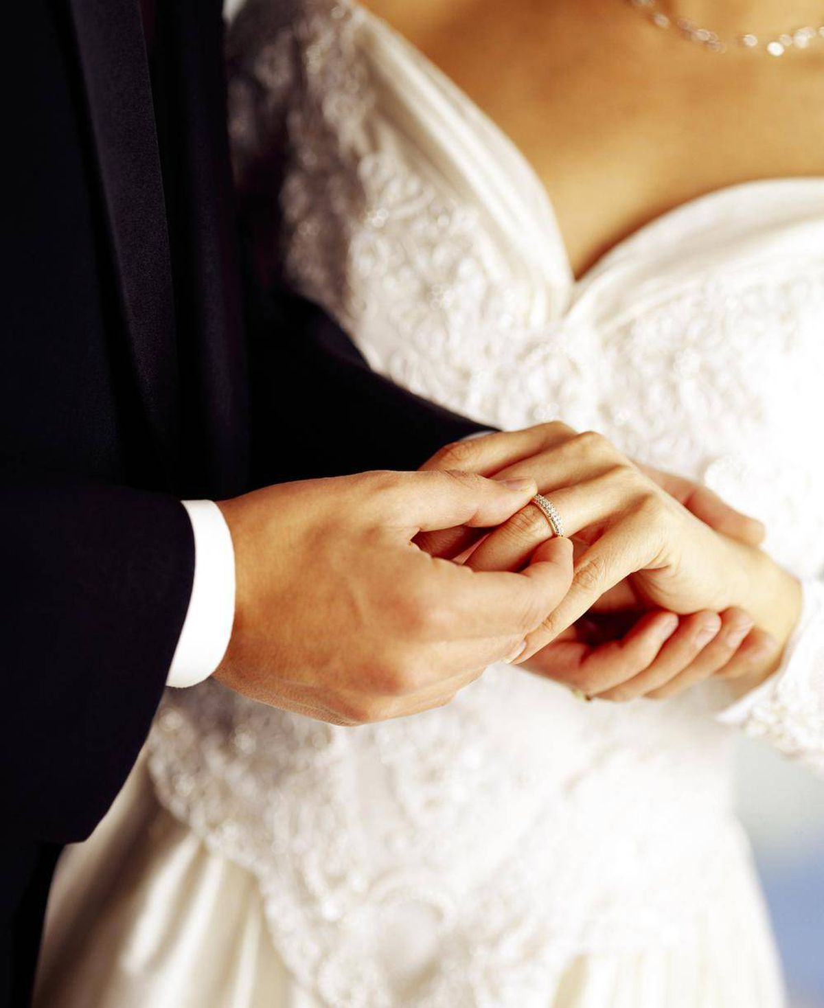 Wedding day cold feet divorce may be in the cards the globe and thinkstock junglespirit Images