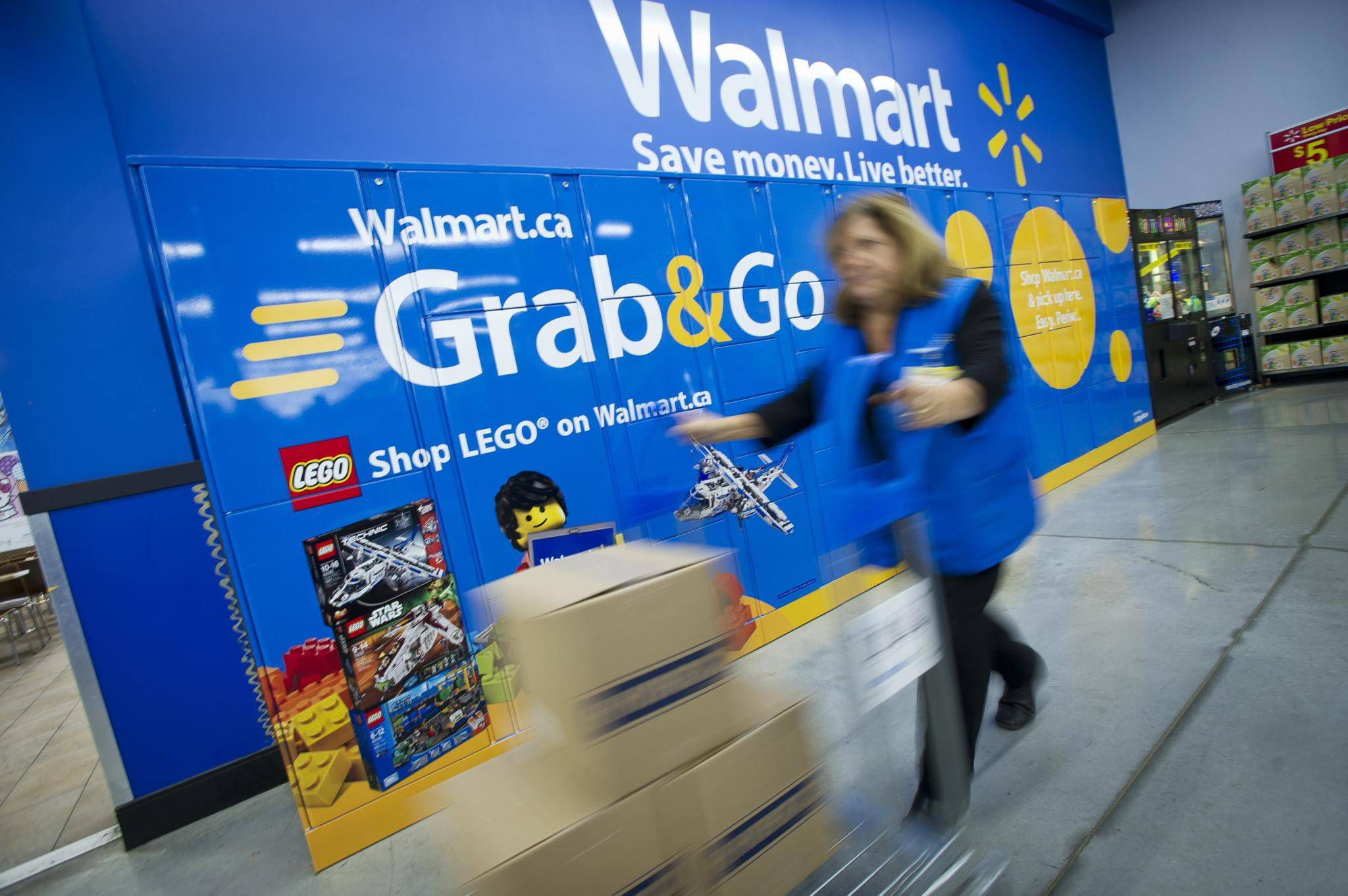 39ee60dc35 Walmart Canada cancels grocery pickup fee - The Globe and Mail