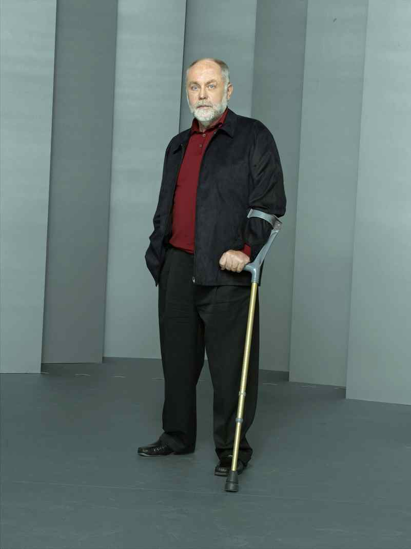DRAMA CSI CBS, CTV, 10 p.m. Once a season, this sturdy crime-procedural turns the spotlight on the fine character actor Robert David Hall, who has played Dr. Albert Robbins since the show's inception in 2000. That episode airs tonight when the crusty coroner's wife, Judy, played by Canadian actress Wendy Crewson, finds a naked dead man in their bedroom! The discovery prompts the arrival of the CSI team and Judy's got some 'splaining to do.