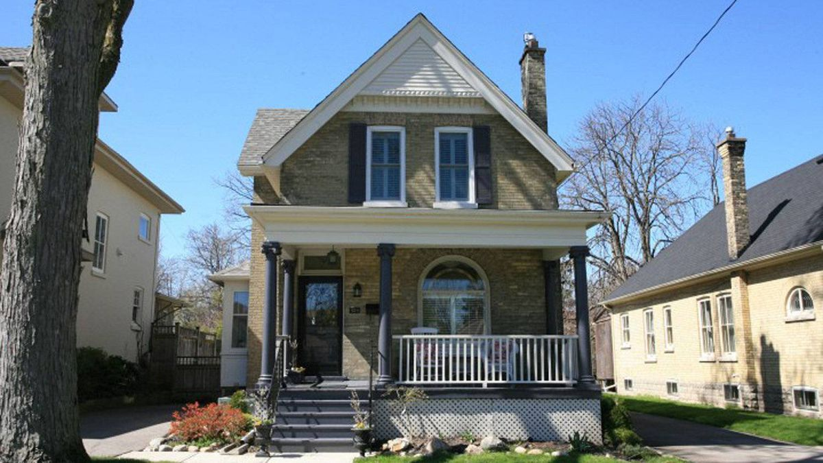 LONDON 929, Wellington St. N, London Asking price: $474,900 This historical two-storey detached home, located in the Old North, has four bedrooms and two bedrooms.