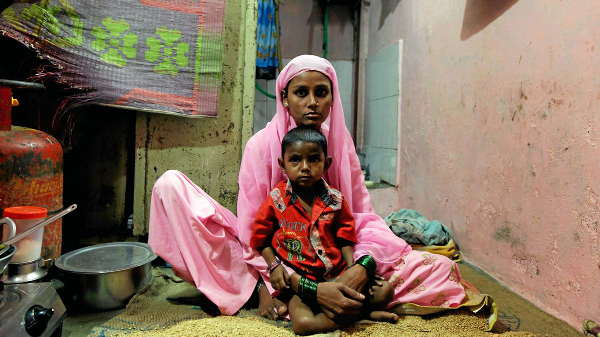 Afroja Begam Saikh and her six-year-old daughter Ayesha have both been diagnosed with TB.