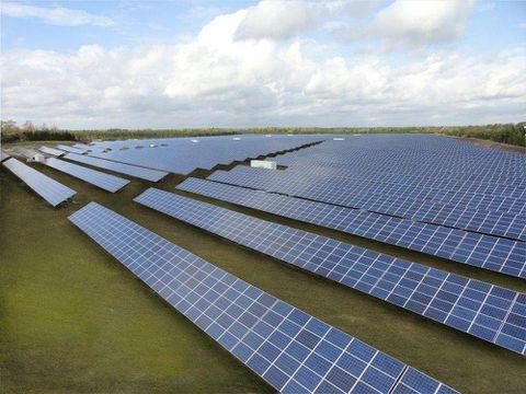 Canadian Solar posts profit, shares jump 13%