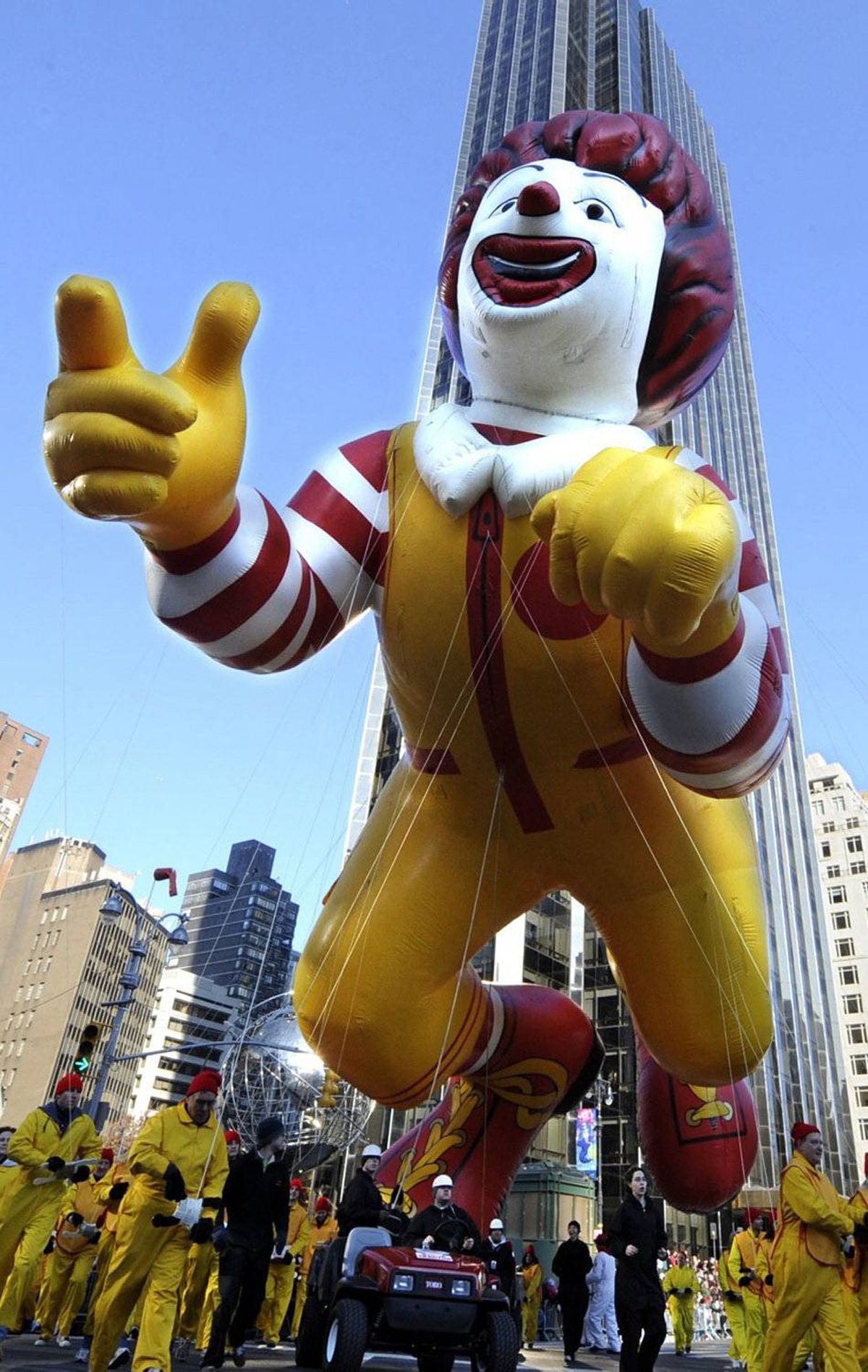 See, kids: This is how big you'll get if you eat too many burgers. Year: 2008 (Ronald McDonald)