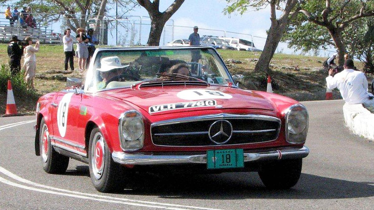 Mid-70s McLaren Formula One team boss Alastair Caldwell put in some enthusiastic runs in his Mercedes-Benz 280SL