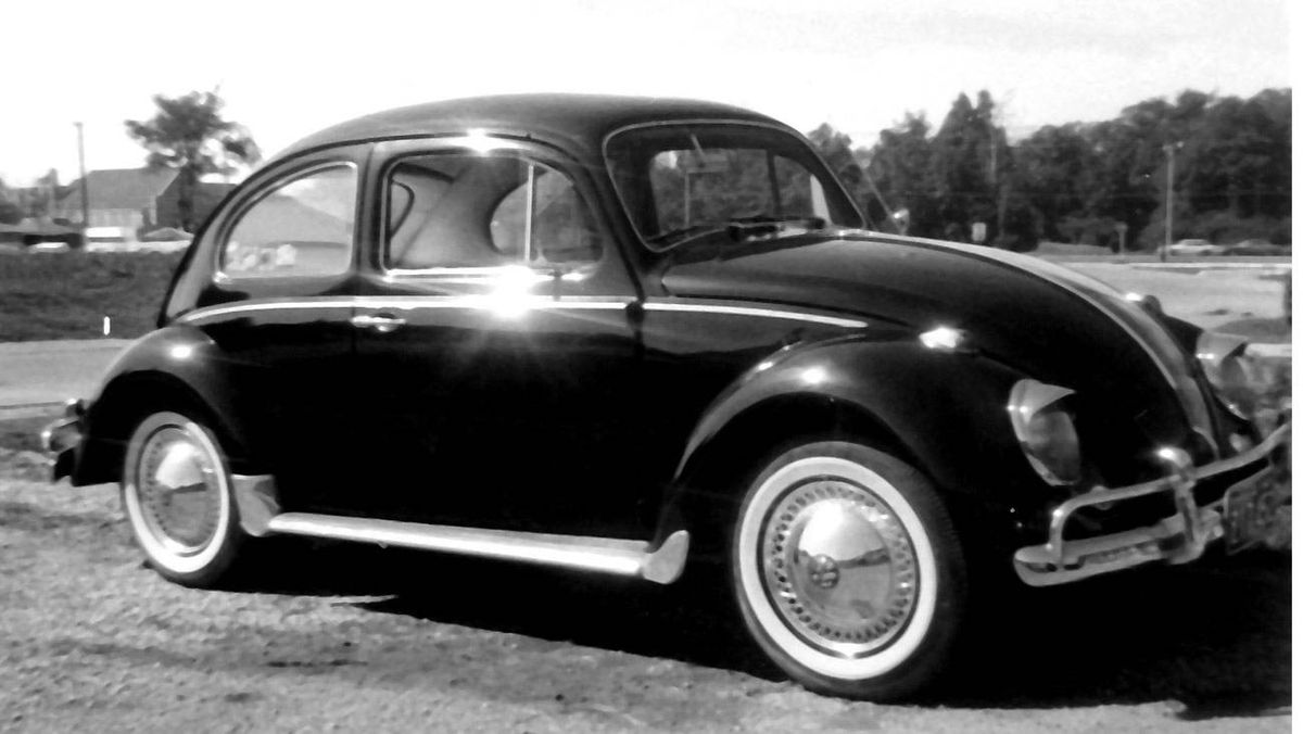 It was a 1960 VW 1200, purchased in 1963 from a VW dealership in Toronto for $1,200. I recall that it used to cost me one cent a mile to operate for fuel, as fuel was around 36 cents a gallon.