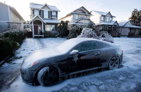 Thousands still without power across Fraser Valley on icy New Year's Eve
