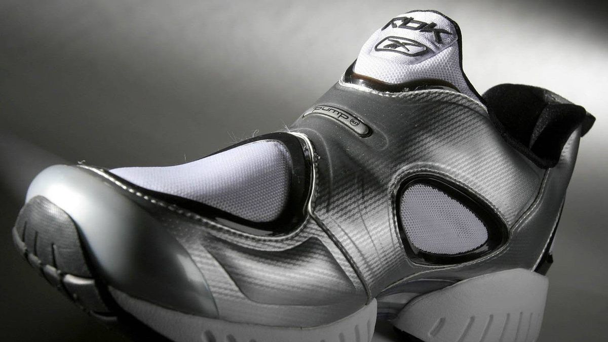 1991 Reebok releases the Pump, the first shoe to have an inflation mechanism that provides custom cushioning.