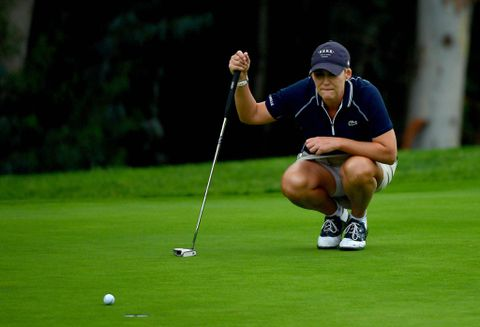 Hole-in-one helps Ji Eun-hee to Kia Classic crown