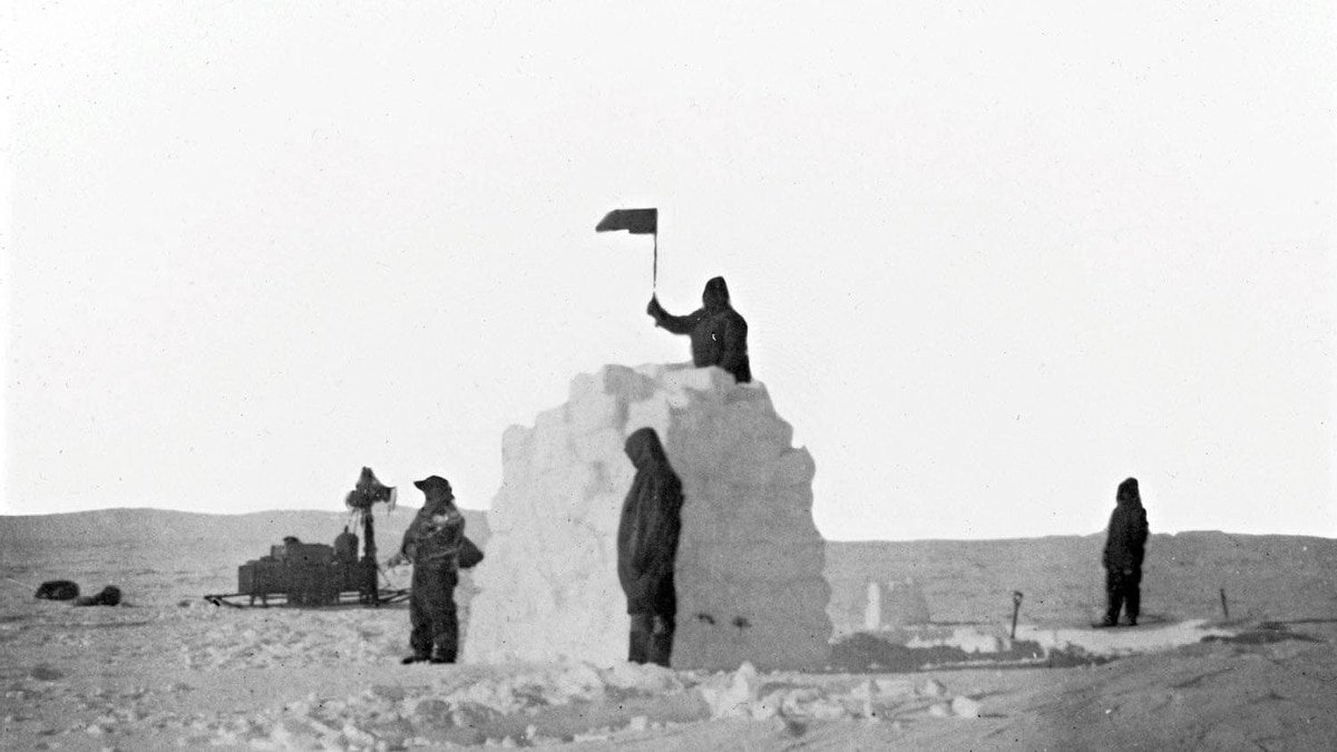 With frost-bitten hands, they took turns planting the Norwegian flag in the snow and named the site Poleheim.