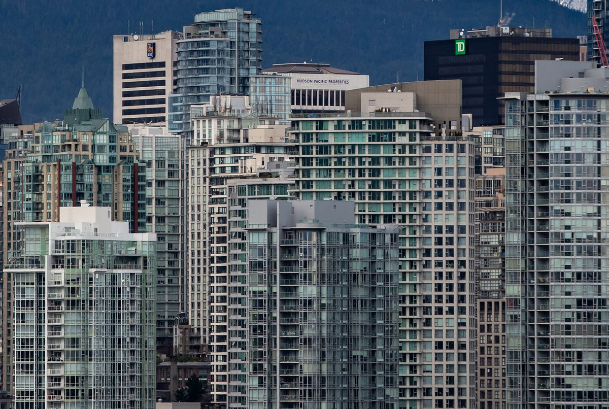 Toronto, Vancouver home sales soar in February