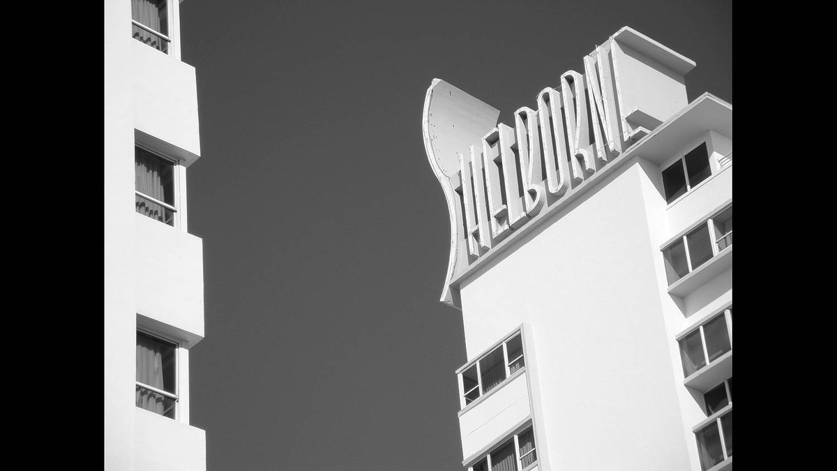Bob Hambly photo: South Beach Hotel - One of the classic art deco hotels in Miami's South Beach.