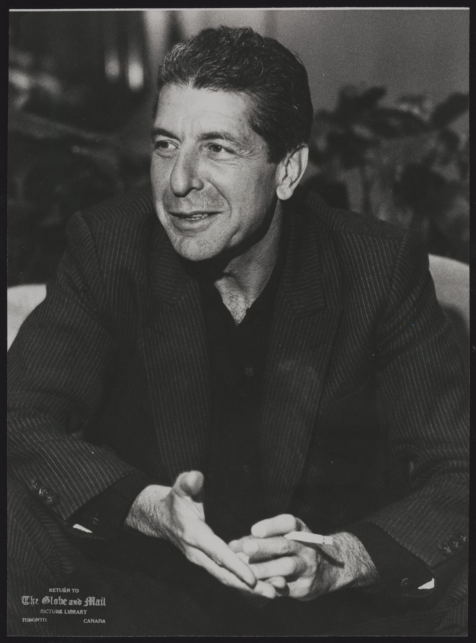 The notes transcribed from the back of this photograph are as follows: Leonard COHEN Poet