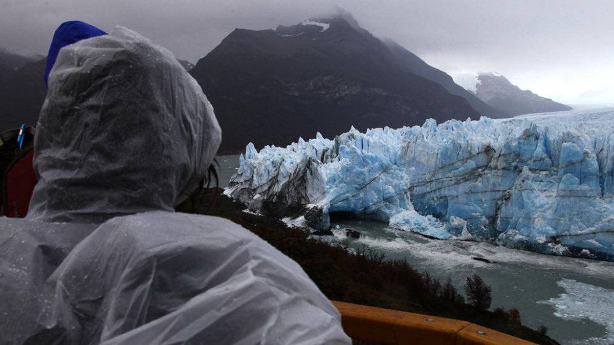 As Perito Moreno moves forward, it cuts off a river feeding the lake. Water builds up pressure and slowly undermines the ice, forming a tunnel until ice comes tumbling down.
