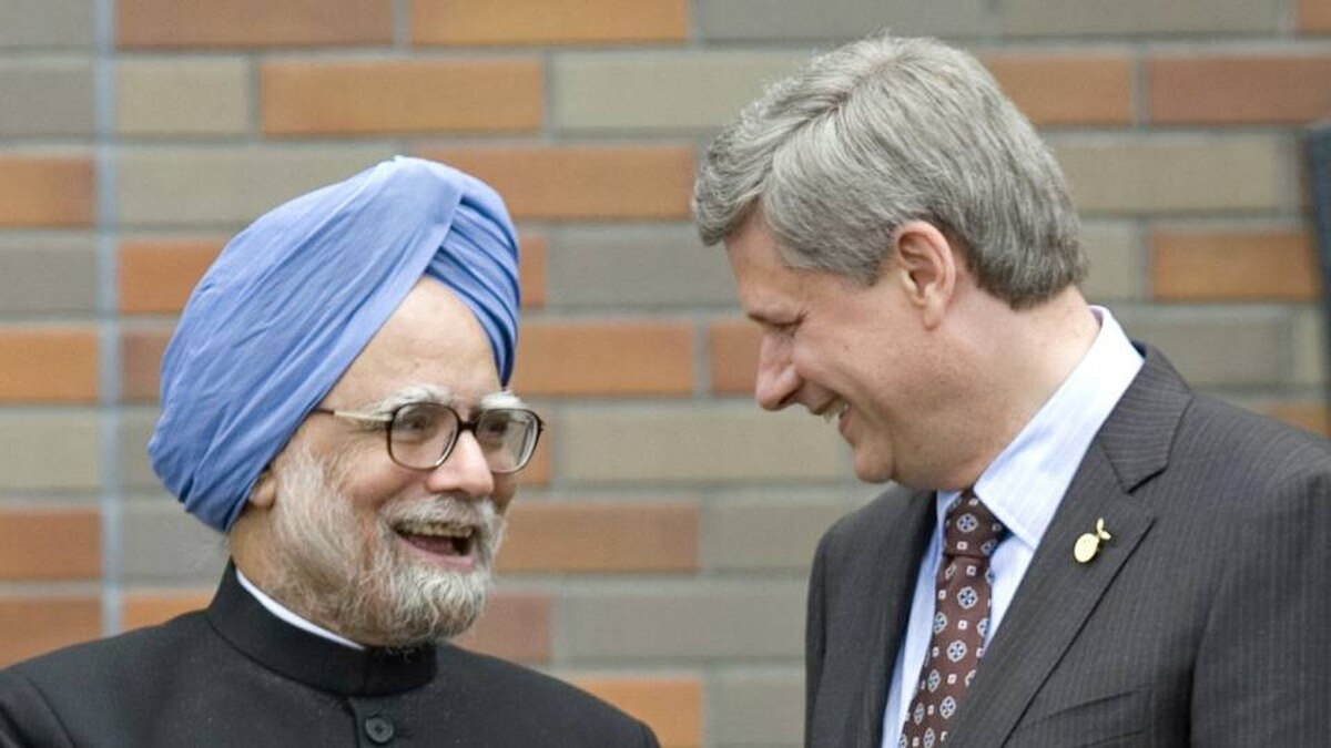 Indian Prime Minister Manmohan Singh and Prime Minister Stephen Harper in a 2008 file photo.