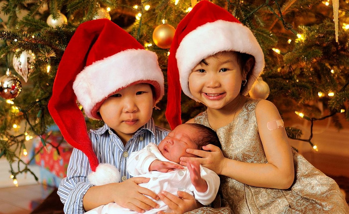 Michael T. Wong uploaded this shot to our Flickr pool. He writes: Big brother and sister celebrate with an early Christmas present.