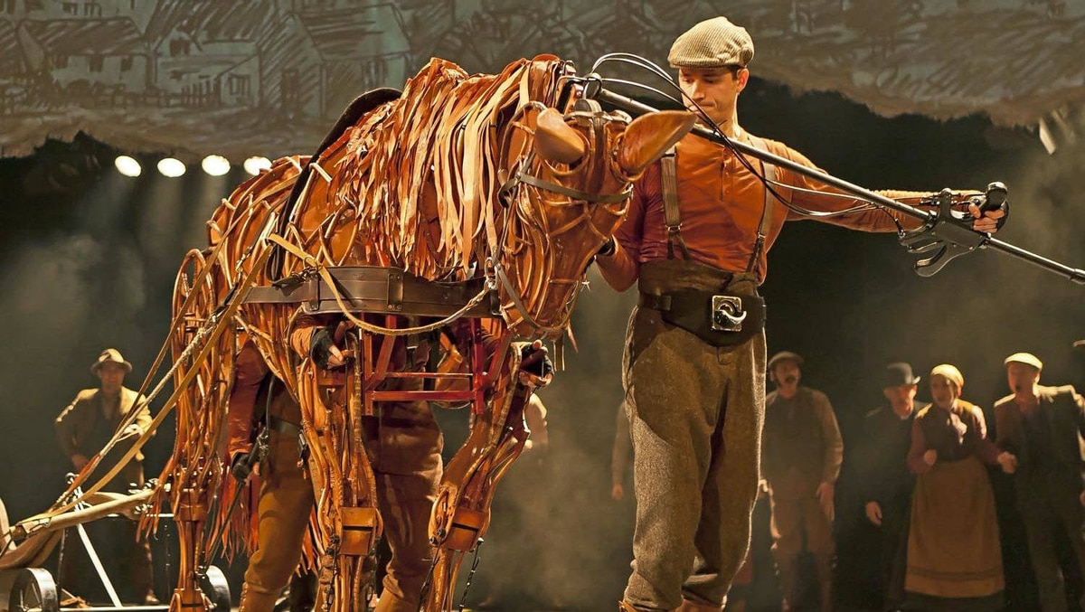 Production image from War Horse at Toronto's Princess of Wales Theatre.