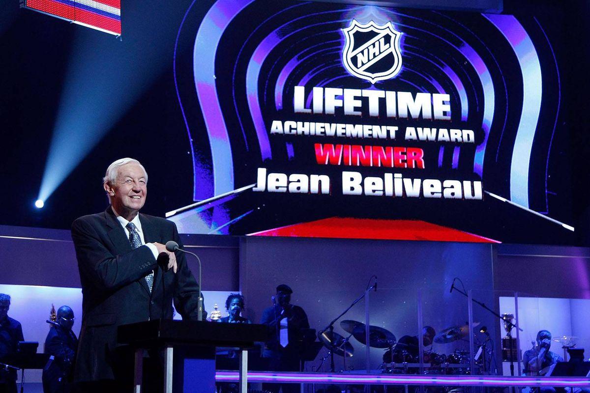 Jean Beliveau accepts the NHL Lifetime Achievement Award.