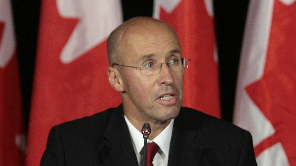 Parliamentary Budget Officer Kevin Page speaks during a news conference in Ottawa October 9, 2008.