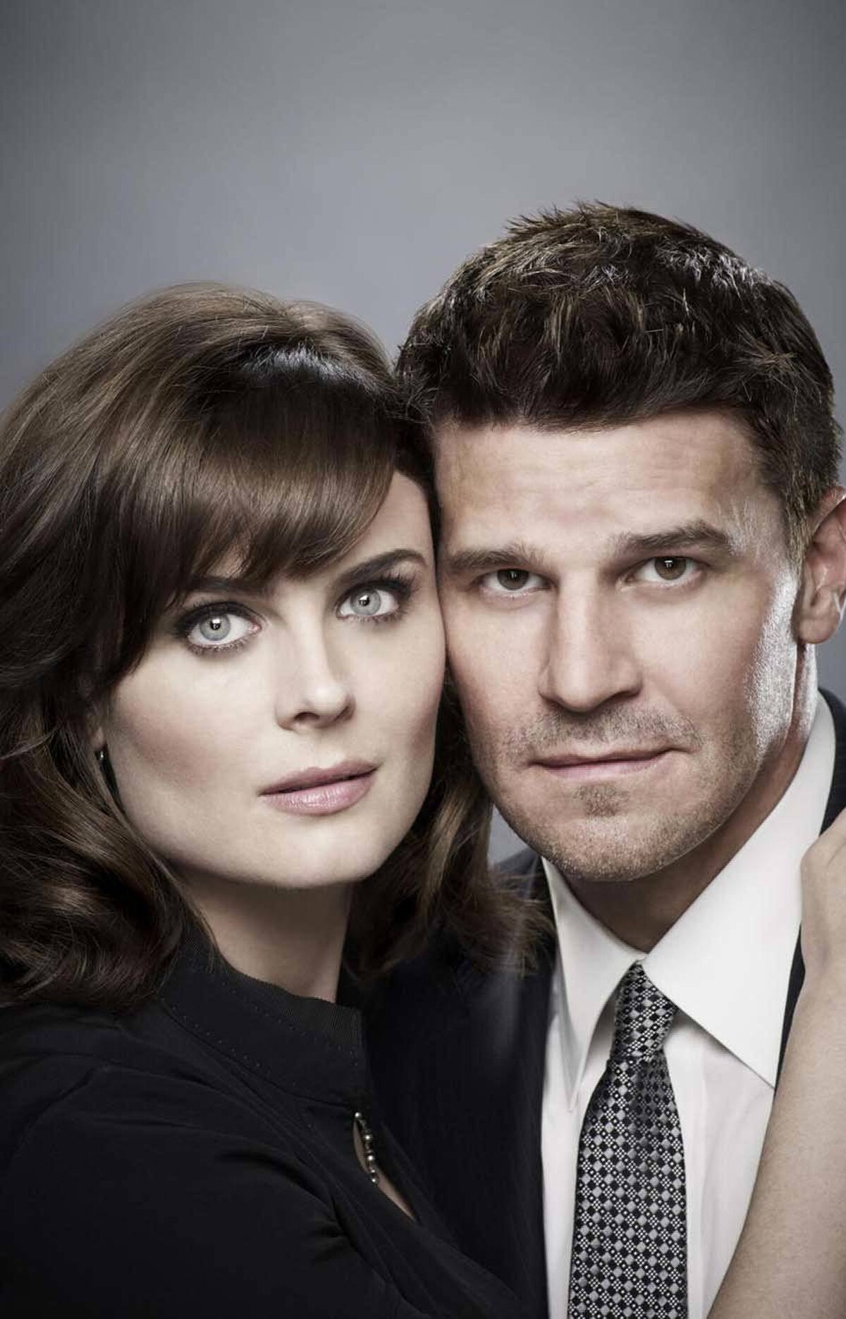 DRAMA Bones Fox, Global, 8 p.m. ET/PT Relocated to a new night, this low-key crime procedural is back with a typically grisly episode after a nearly three-month break due to Emily Deschanel's pregnancy. The remains of an escaped convict are found in a neighbourhood sewer, but a forensic examination reveals that the victim died while still incarcerated. FBI guy Brennan (David Boreanaz) works the case, but insists his forensic partner Booth (Deschanel) sit out the investigation – since she's on the verge of giving birth to their child and all. The eventual arrival of their bundle of joy happens in the most unexpected manner imaginable.
