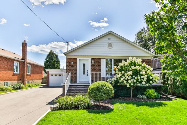 Four bids for Etobicoke bungalow