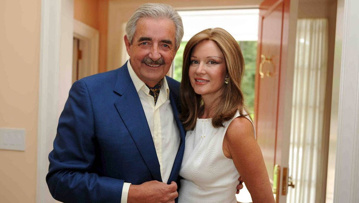 Matthew and Diane Barrett, hosts of the Walrus Foundation Garden party.