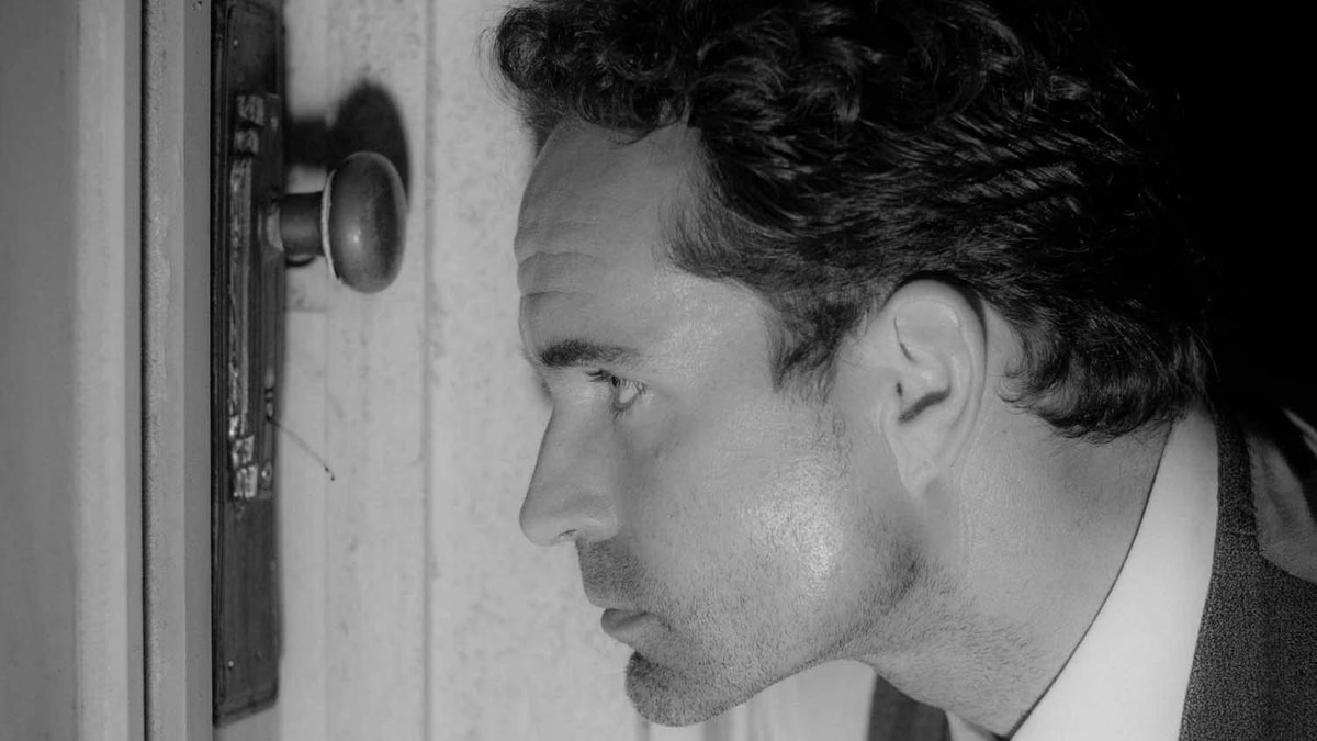 """Jason Patric in a scene from """"Keyhole"""""""