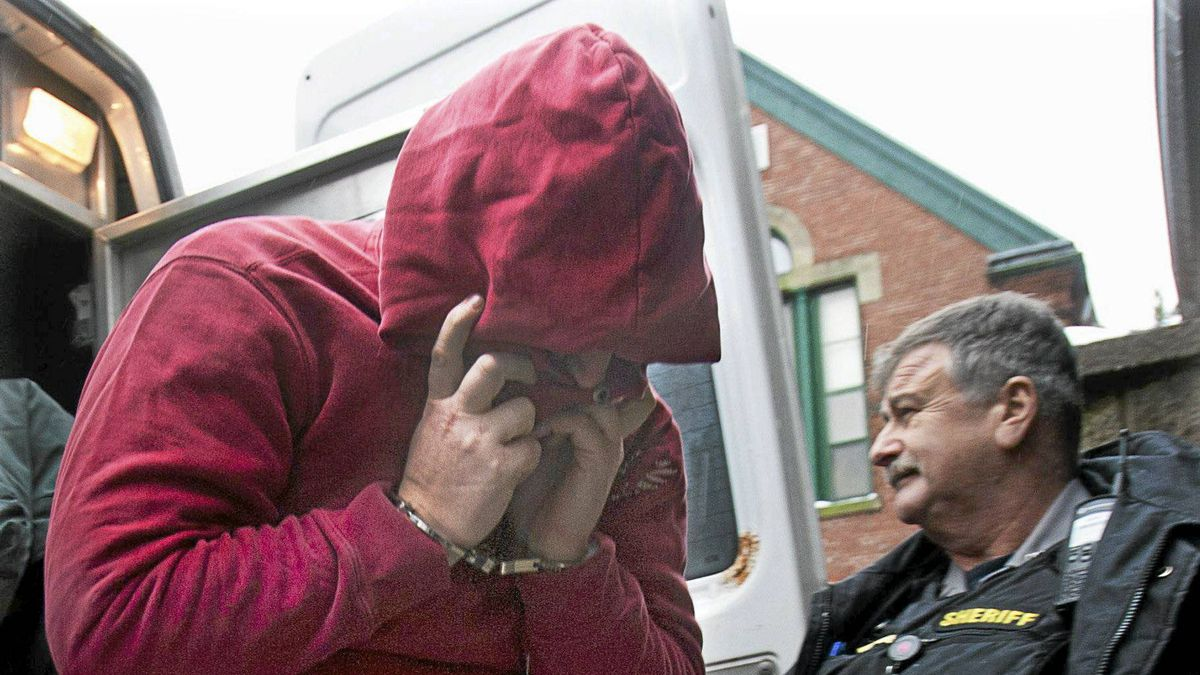 Sublieutenant Jeffrey Delisle arrives at provincial court in Halifax on Feb. 28.