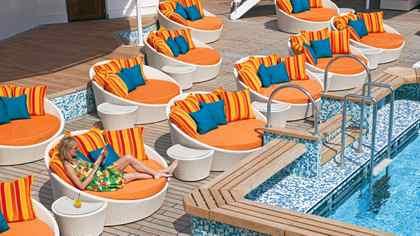 Crystal Serenity's new pool deck.