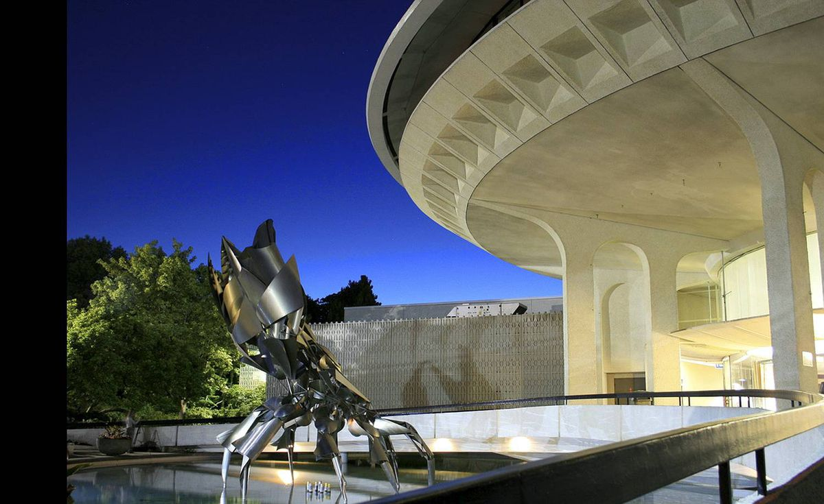 Melissa McFadden (Florence Eva on Flickr) uploaded this image to our pool of Vancouver's planetarium.