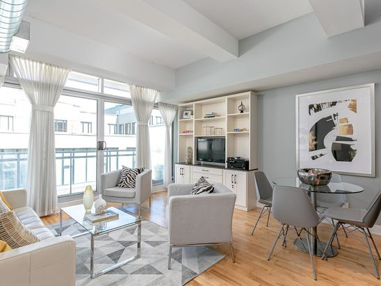 Soft loft in Leslieville dressed to impress buyers with $500,000 budget