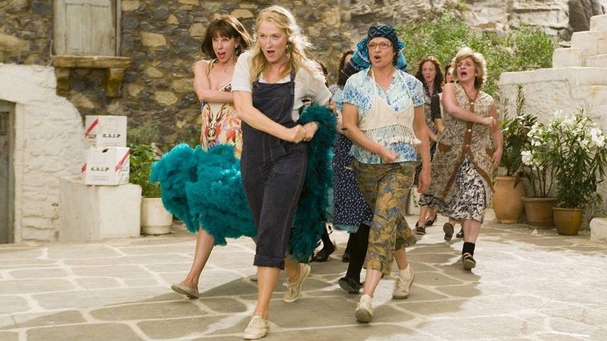 Donna and The Dynamos. (L to R) Tanya Chesham-Leigh (CHRISTINE BARANSKI), Donna Sheridan (MERYL STREEP) and Rosie Rice (JULIE WALTERS) lead a Greek chorus in the musical romantic comedy Mamma Mia!