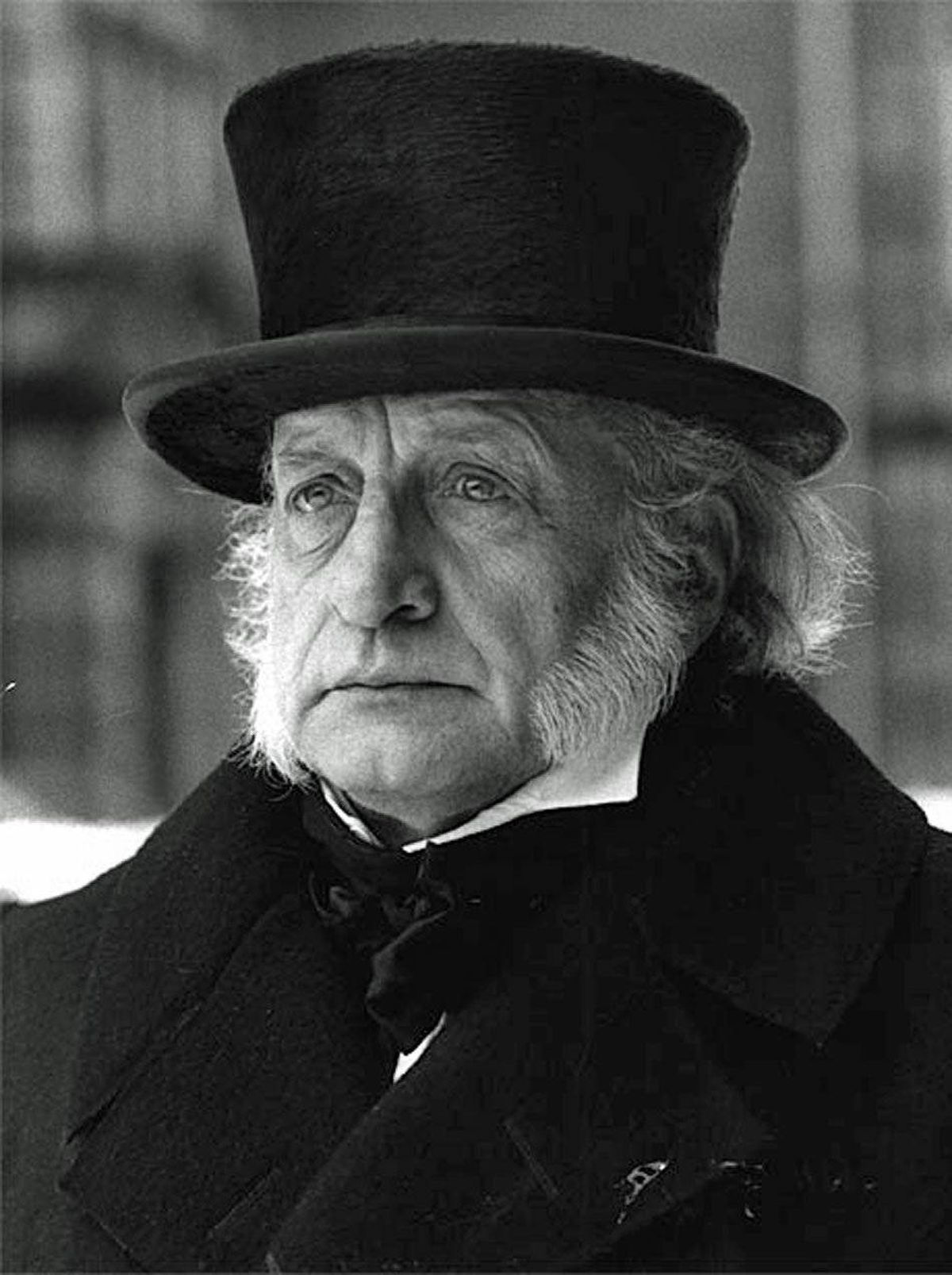 MOVIE A Christmas Carol AMC, 10:30 p.m. First shown on CBS in 1984, this TV-movie boasts a remarkable performance by George C. Scott as the man who hates Christmas. The Oscar-winning actor is completely in his element as the curmudgeonly Ebenezer Scrooge, who takes out his rage at the world upon his only employee, the cringing Bob Cratchit (David Warner). British acting veteran Susannah York delivers a strong supporting turn as Cratchit's long-suffering wife.