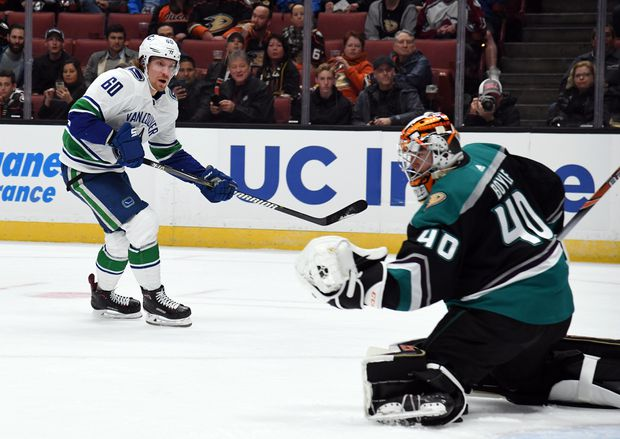 Canucks Fall 1 0 In Anaheim As Ducks Snap Seven Game Losing Streak