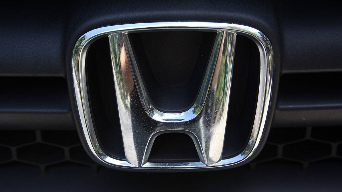 Honda is recalling model-year 2012 Acura MDX and Honda Pilot vehicles that were built sometime between mid-December and mid-January.