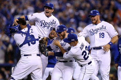 Royals beat Angels, finish off sweep of AL Division Series