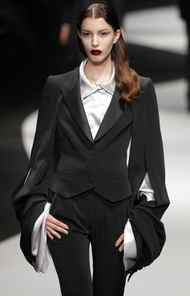 Designers Viktor Horsting and Rolf Snoeren consistently start with classic elements and then blast proportions or twist tailoring to dramatic effect. This peaked-lapel suit, for instance, looks perfectly normal until you zoom in on the sleeves – oversized even for Jeremy Lin but created to add cape-like flare.