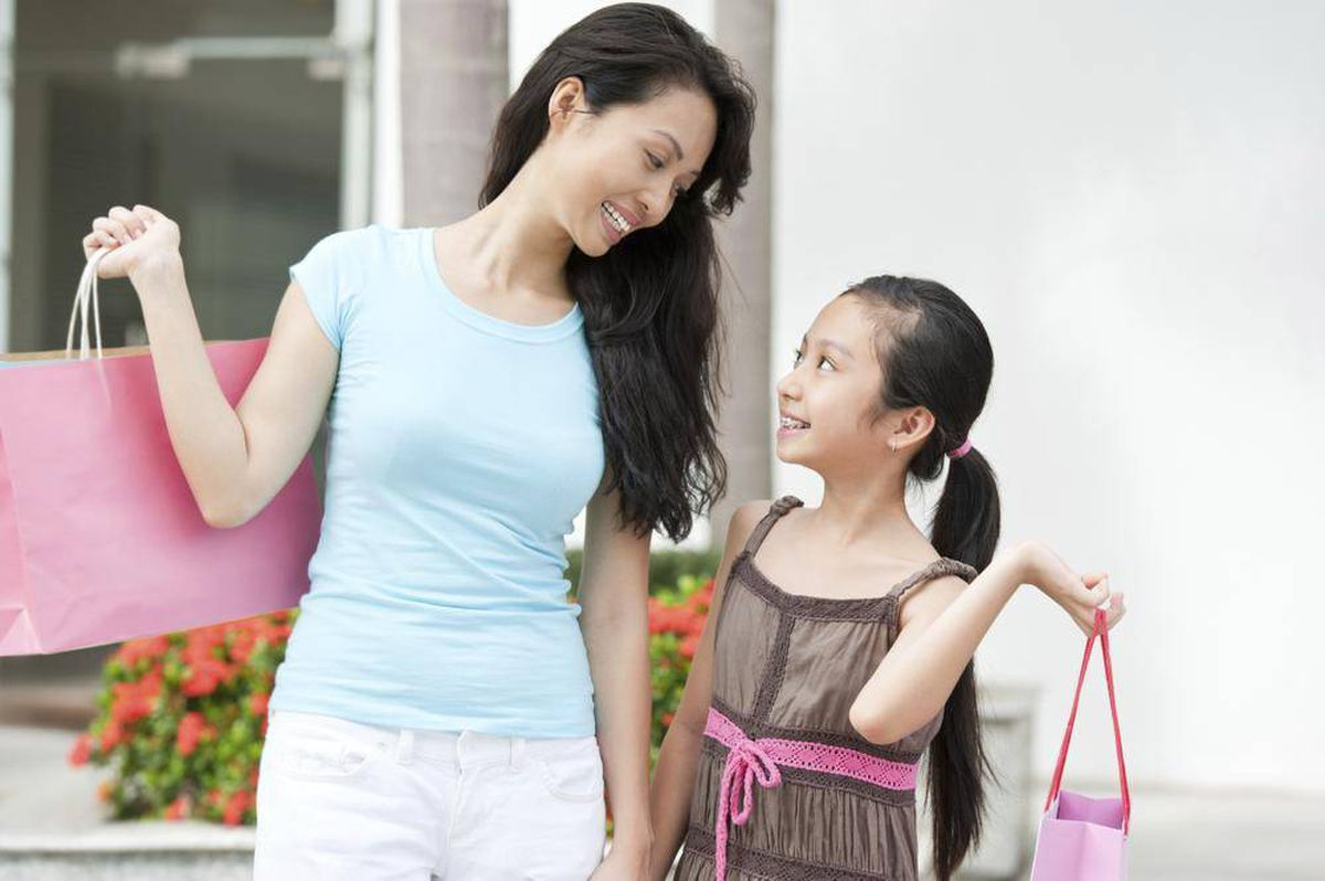 My daughter wants to wear a training bra  Is it too soon? - The