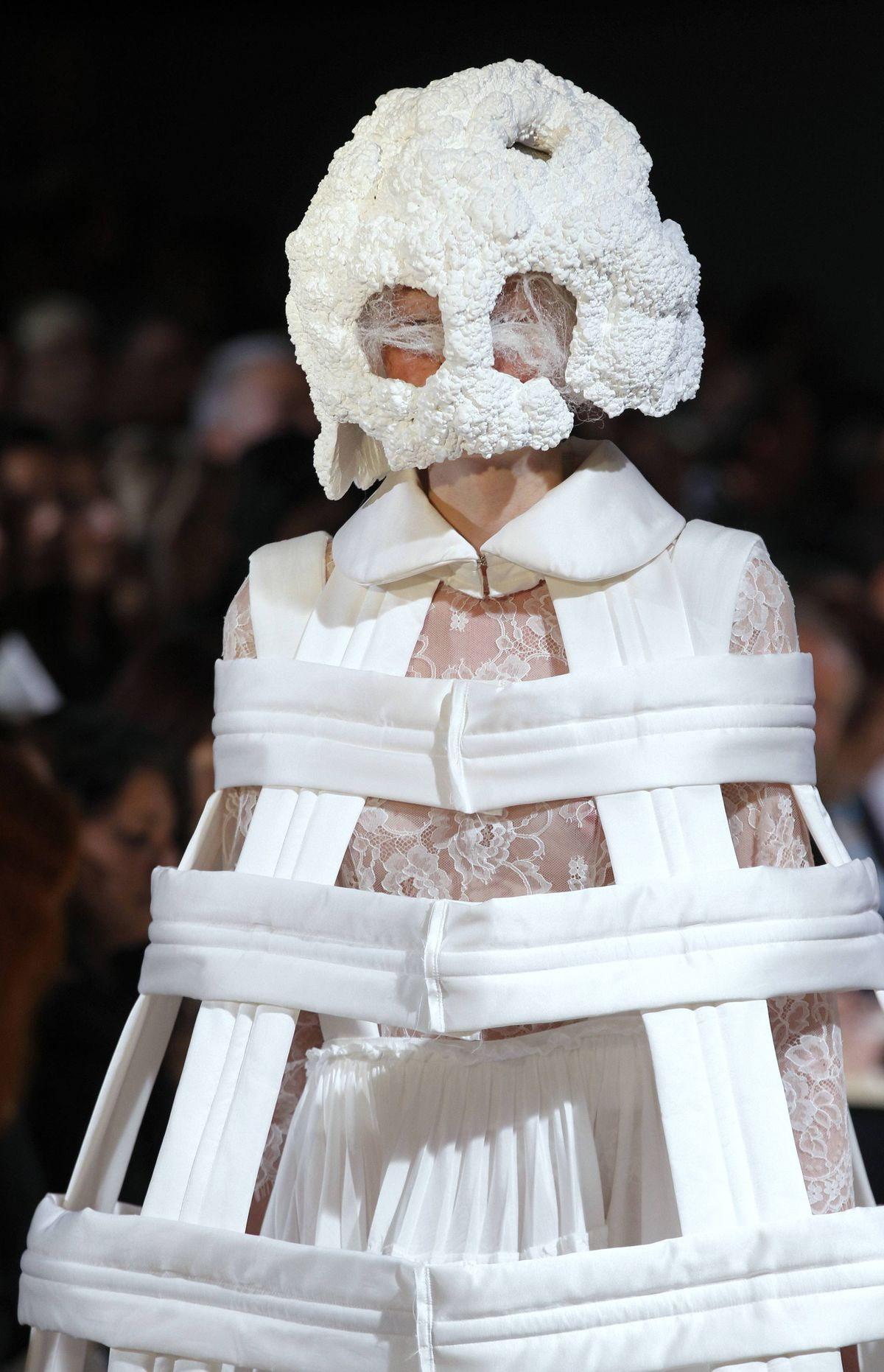 Comme des Garçons Spring/Summer 2012 ready-to-wear collection Titled White Drama, designer Rei Kawakubo took carte blanche to new levels of wow with her achromatic collection.