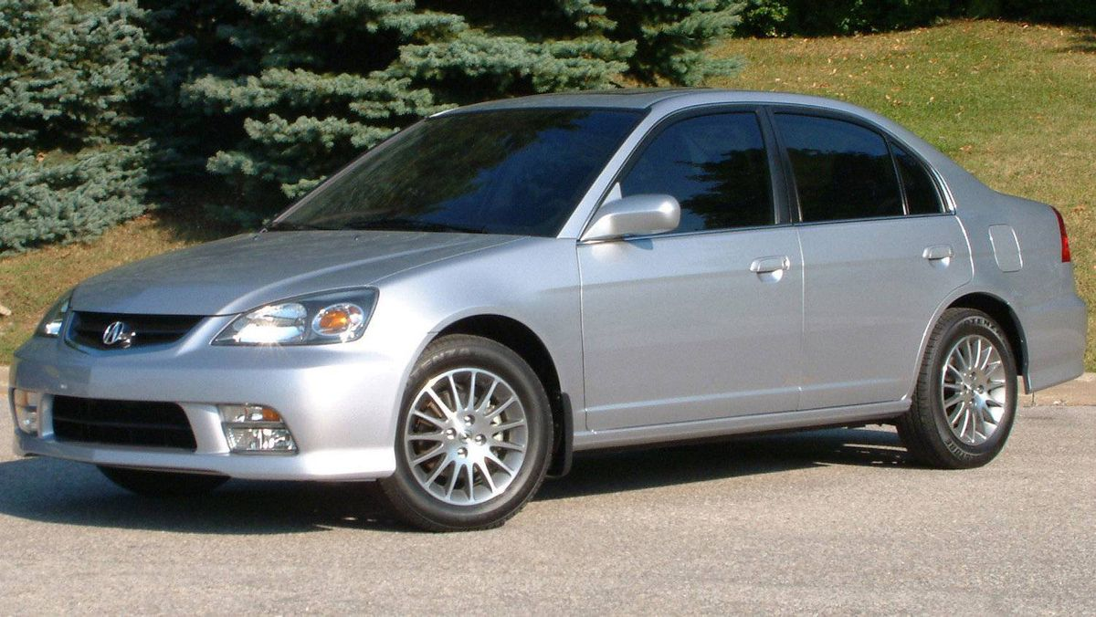The 2005 EL. The EL was the first Acura built exclusively for Canadian roads.
