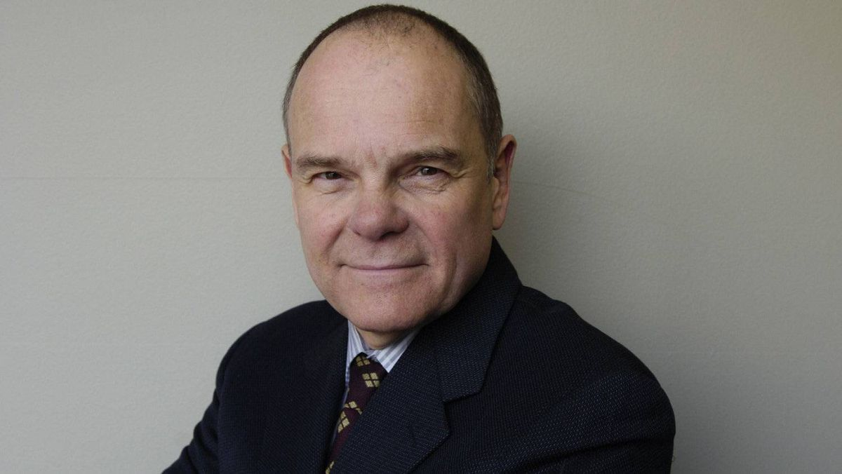 Don Tapscott photographed at the Globe and Mail in Toronto, 2007.